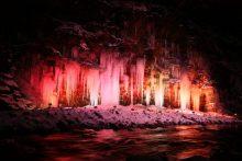 2018年の三十槌の氷柱ライトアップ